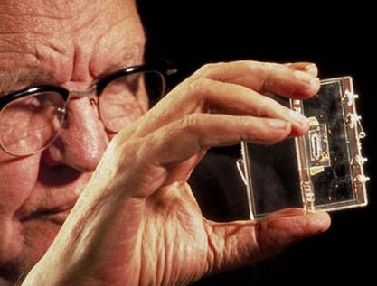 Jack Kilby e o primeiro circuito integrado